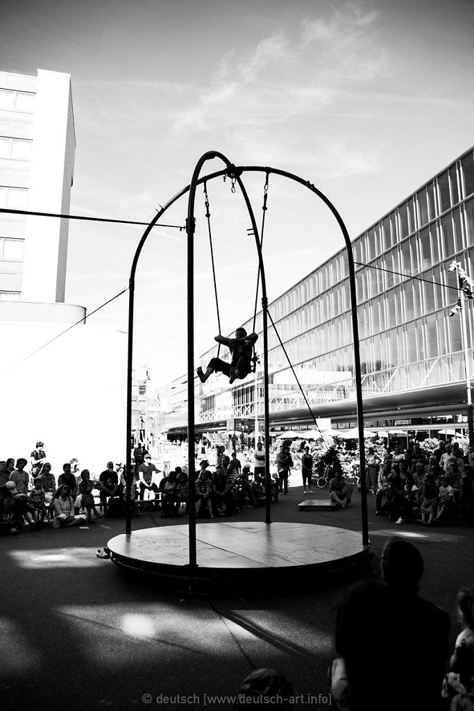 Drüll   FahrAway Zirkusspektakel