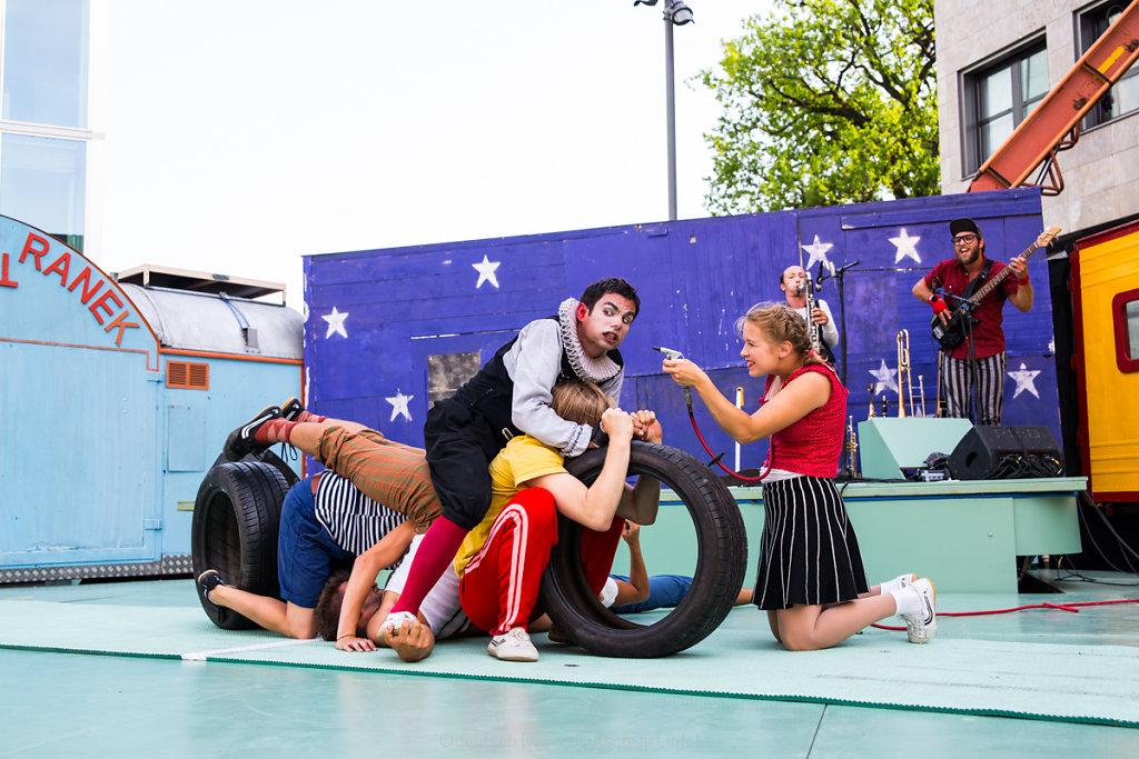 92-2017_M0A2644<br>Zirkus Chnopf - Panik